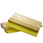 70 DURO SQUEEGEE WITH WOODEN HANDLE